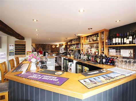 The bar area of the globe inn